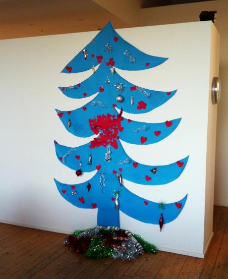 BLUE XMAS TREE2